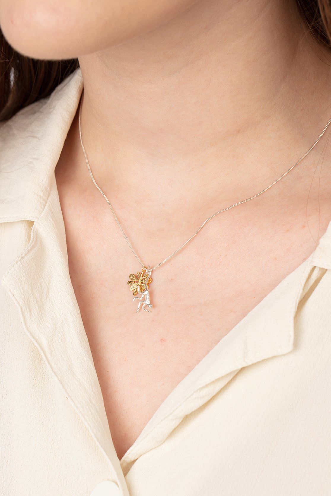 Spider monkey necklace