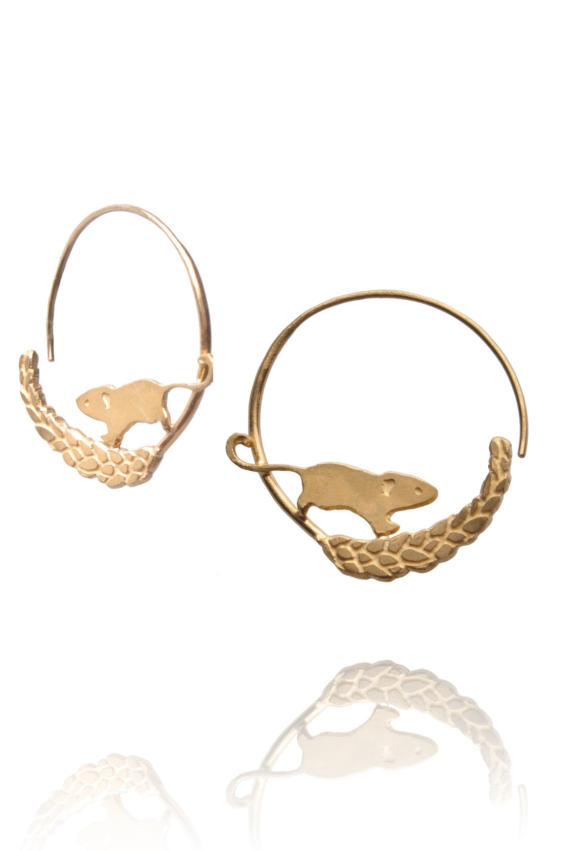 Field mouse on wheat stem hoop earrings
