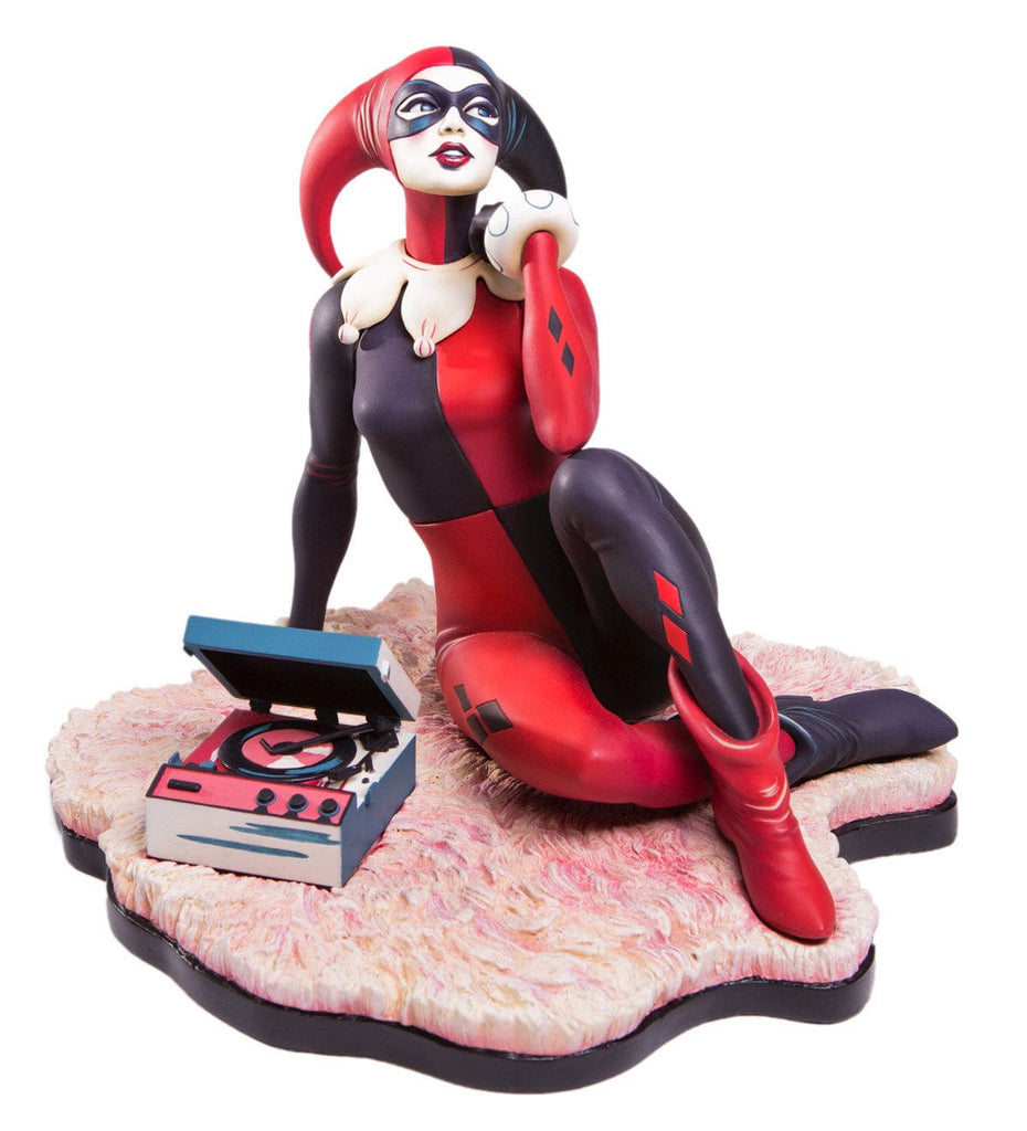 """Waiting for My J Man"" Harley Quinn Statue"
