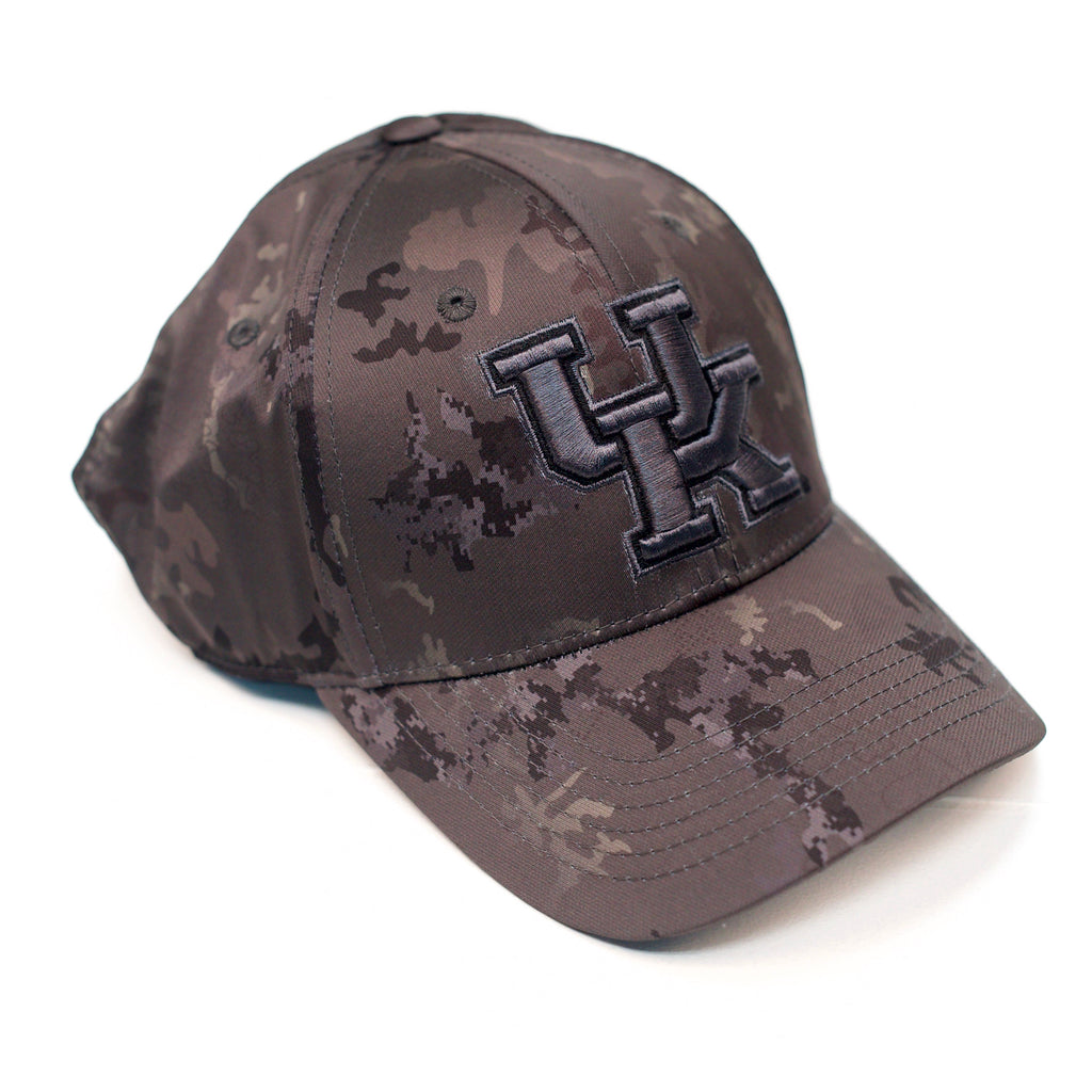 UK Deep Camo One Fit Hat (L/XL)