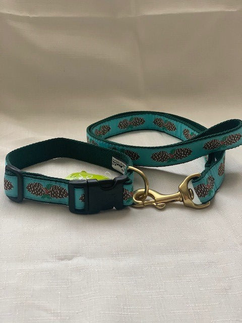 Pinecones Dog Collar and Lead