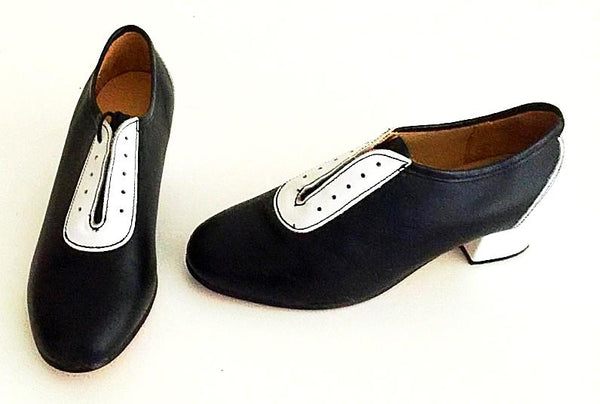 Lindy Black/ White  IN STOCK NOW size 4 ½