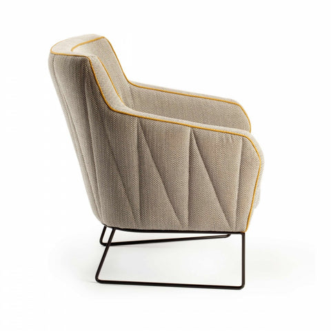 Croix I | Arm Chair | Mambo