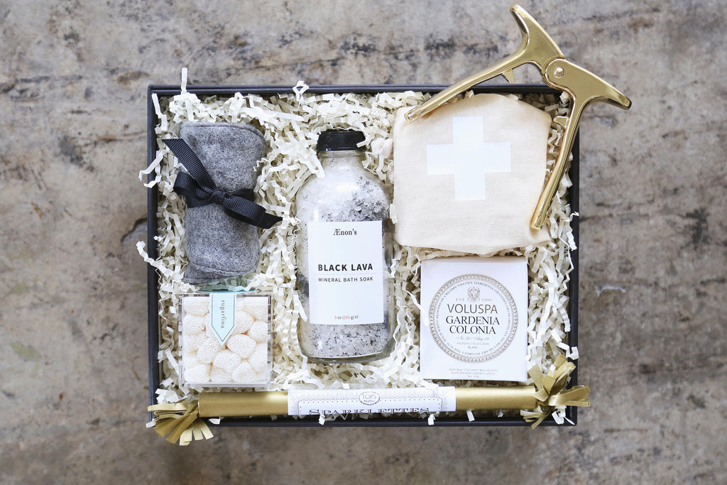 Best Wedding Welcome Gift // BOXFOX