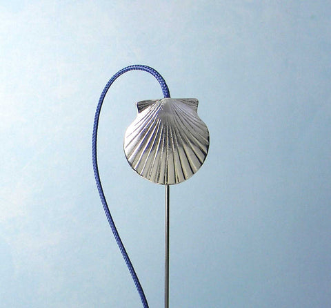 (02028) Bookflip's Large Scallop Shell