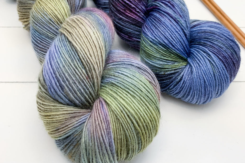 Information About New & Discontinued Yarn Bases