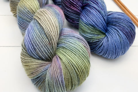 New and Discontinued Yarn Bases