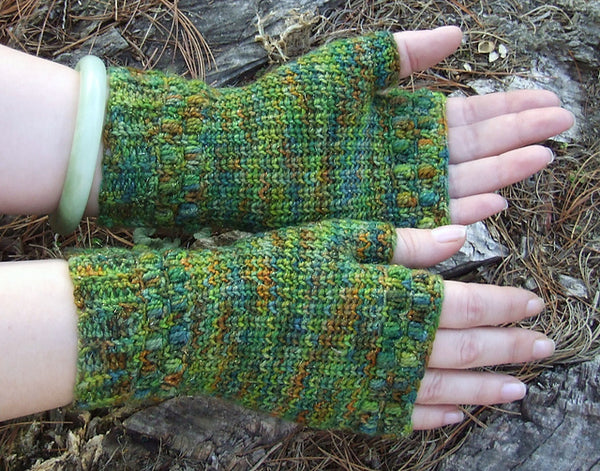 Into the Forest Mitts- Crochet Pattern