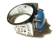 Load image into Gallery viewer, Ring with blue agate stone