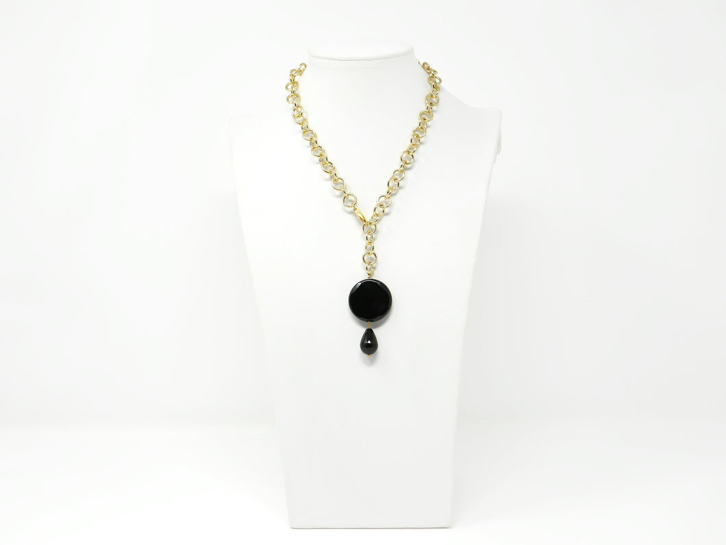 Necklace with black onyx pendant