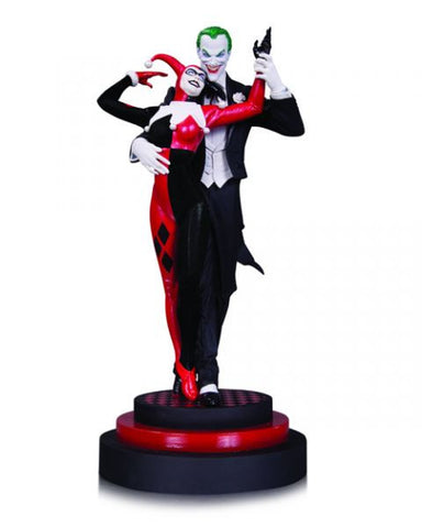 Batman Harley Quinn and Joker statue