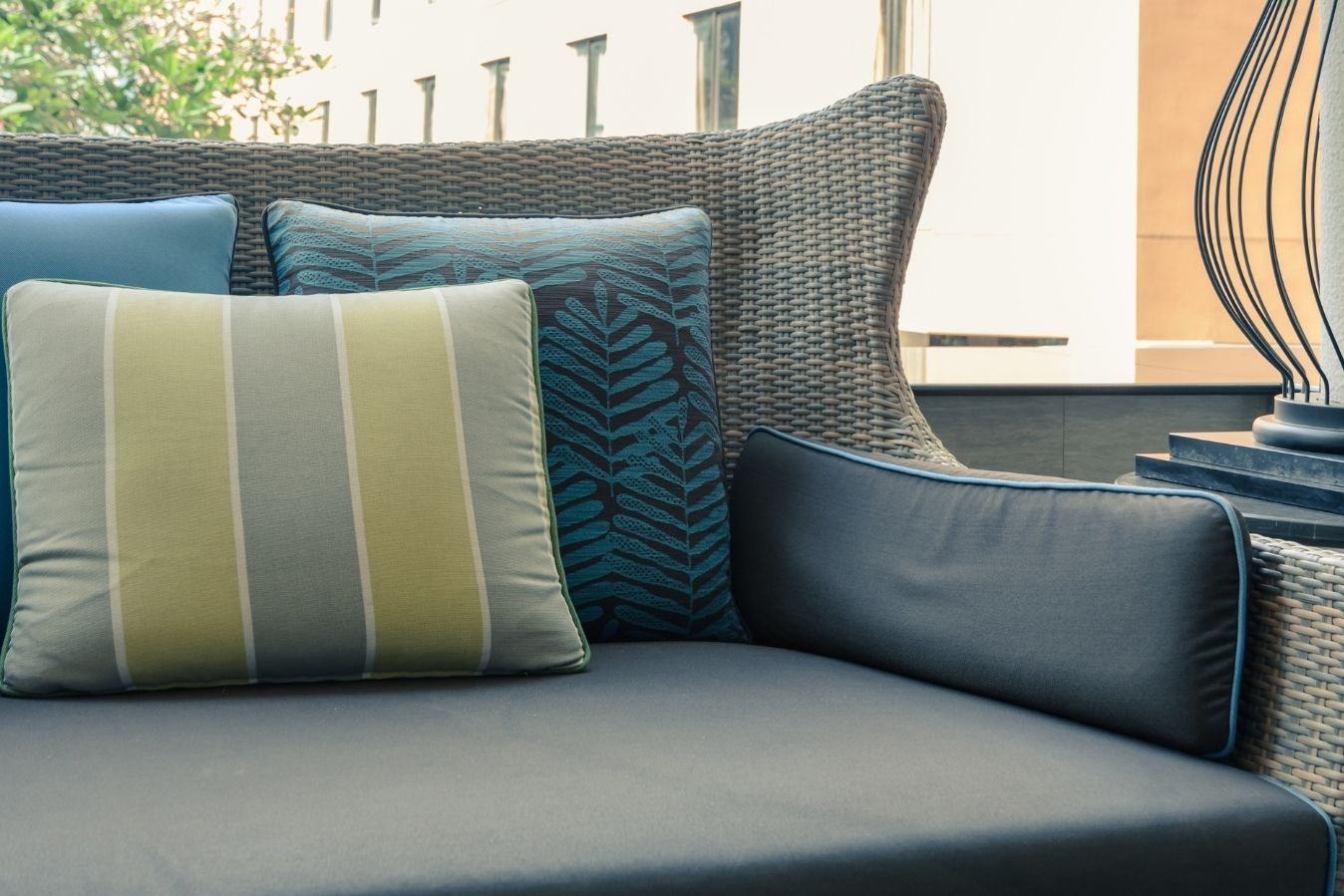 How To Choose the Best Outdoor Fabric