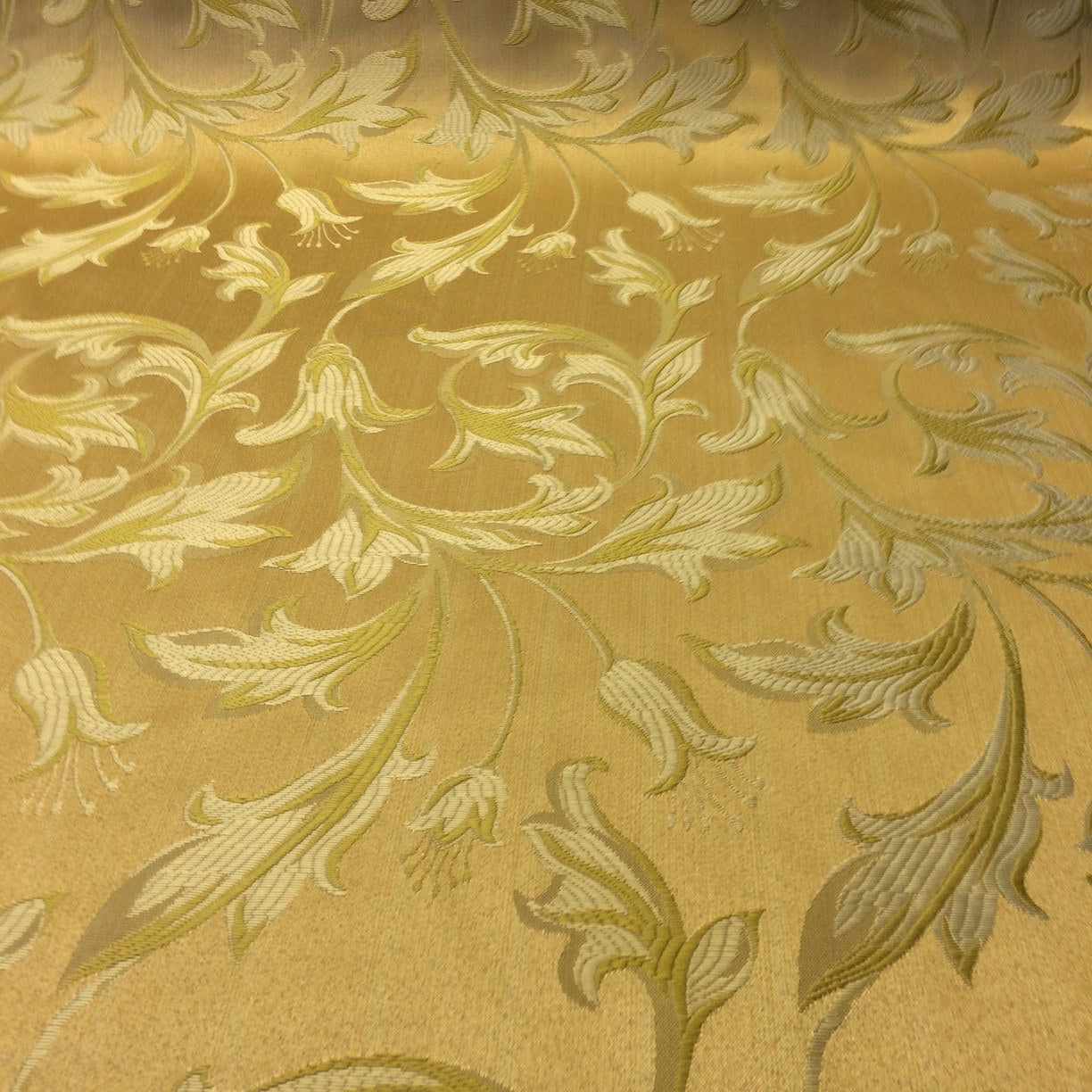 Gold Amp Gold Jacquard Damask Print Fabric 120 Quot Wide 10 99