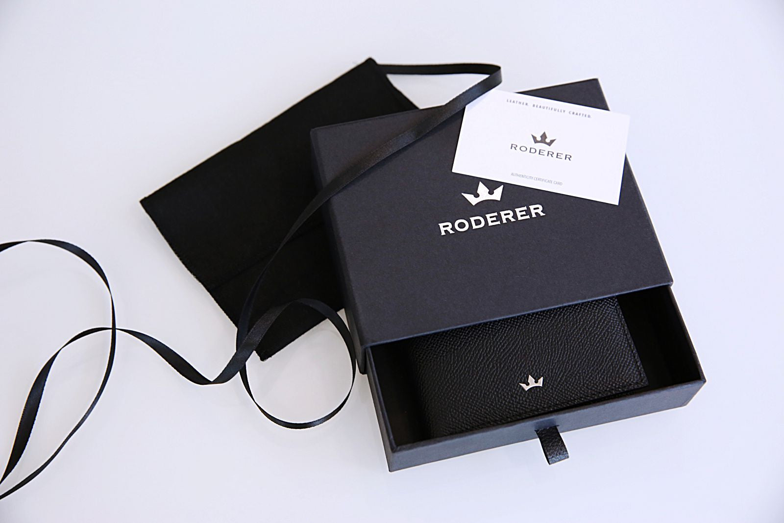 Roderer Loop Key Holder Milano Black Packaging