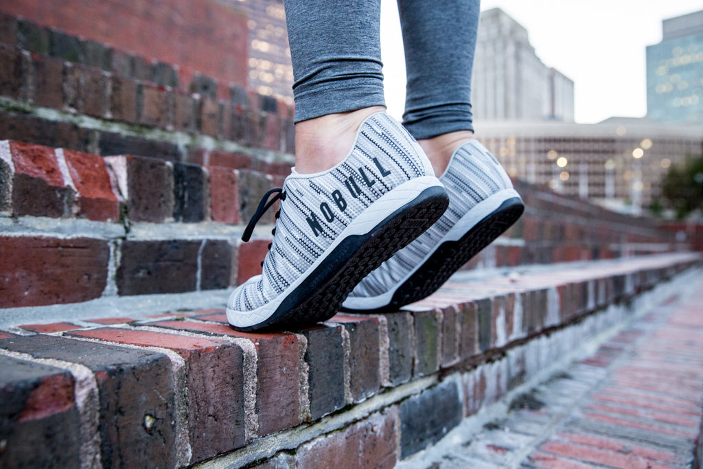 GREY LINEAR TRAINER (WOMEN'S)