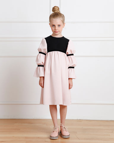 Bella dress (pink without golden embroidery blooms)