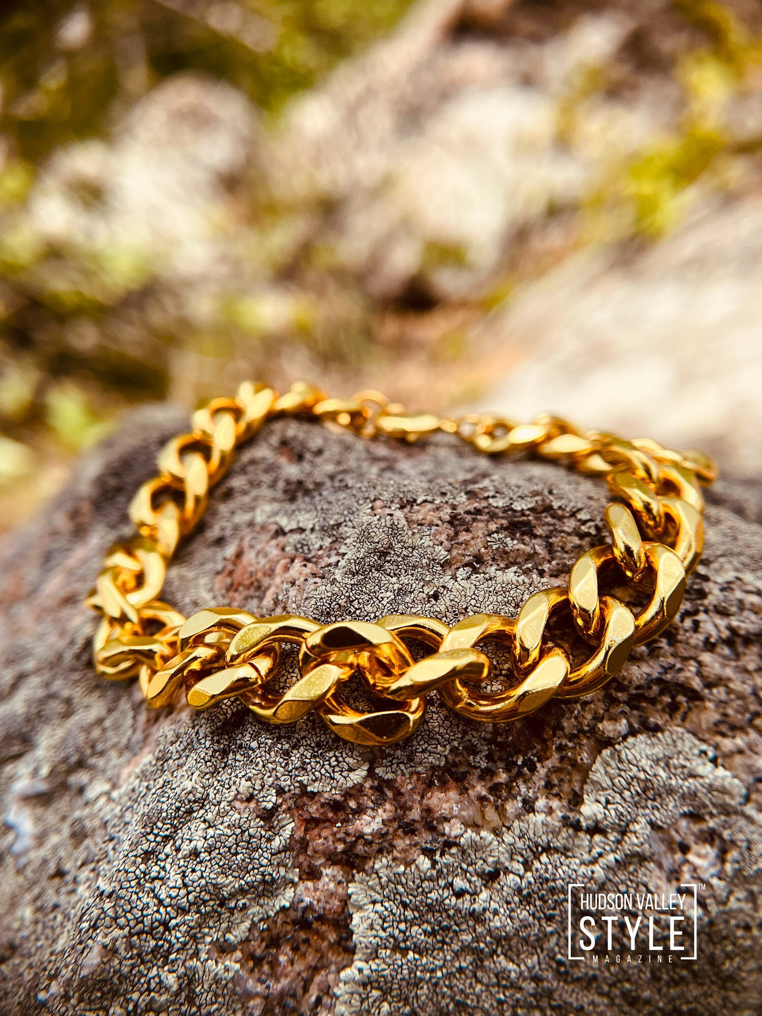 The next one on our list is Royal Gold Chain Bracelet by HARD NEW YORK that comes in 3 Chain Sizes. From thin to medium to chunky, this Stainless Steel IP Plated bracelet is a trendy and affordable gift idea for your dad this Father's Day. It is available to be shipped out today from hardnewyork.com for just $47 and free shipping.