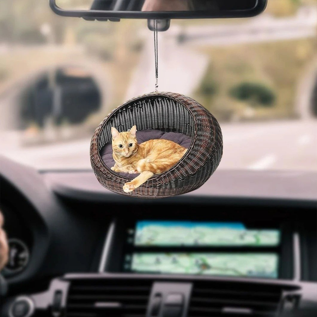 CAT ORNAMENT 18