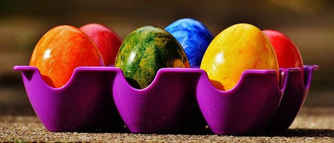 Creative-Kids-Activities-drawing-egg-coloring