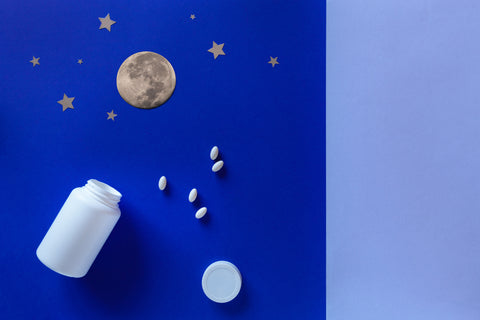 two-white-bottle-pills-moon-blue-background-concept-insomnia-full-moon-time-sleep-problems-soporific-mockup-top-view-flat-lay-copy-space