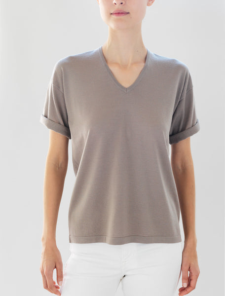 Luxo Knit T V-Neck - Fawn