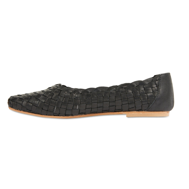 Gigi black leather woven womens flat shoes 2