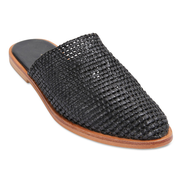 Luxe black raffia mules for women
