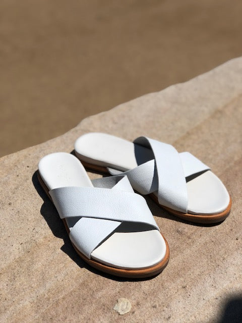 Nikki white Leather crossover slides for women lifestyle