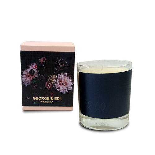 George and Edi Soy Candle 22:00