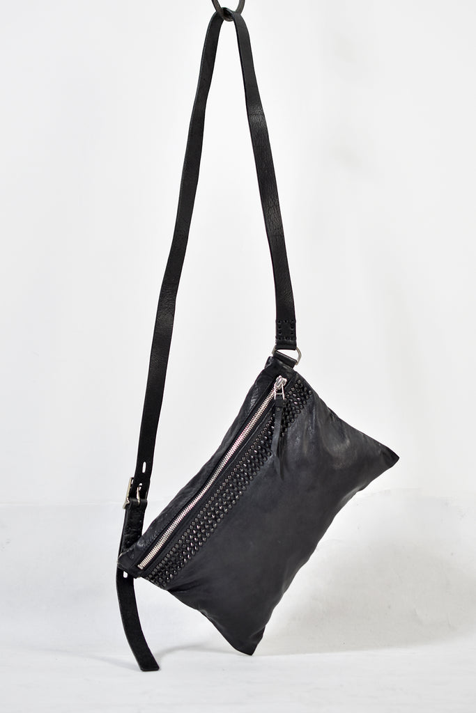 1902-BG05 Stingray Square Pouch