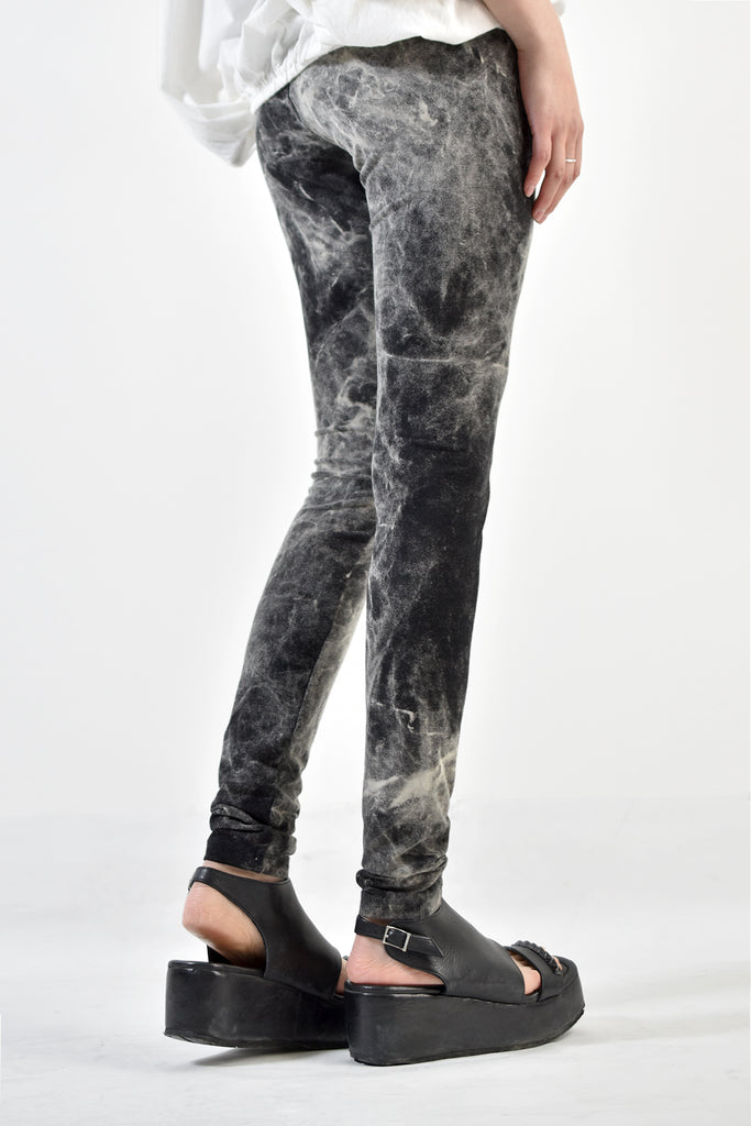2001-PT15 Powder Storm Leggings 02 -Women's-
