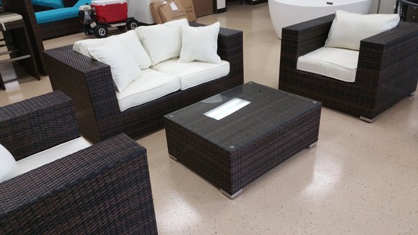 King Size 4 Piece Outdoor Wicker Patio Furniture Set San