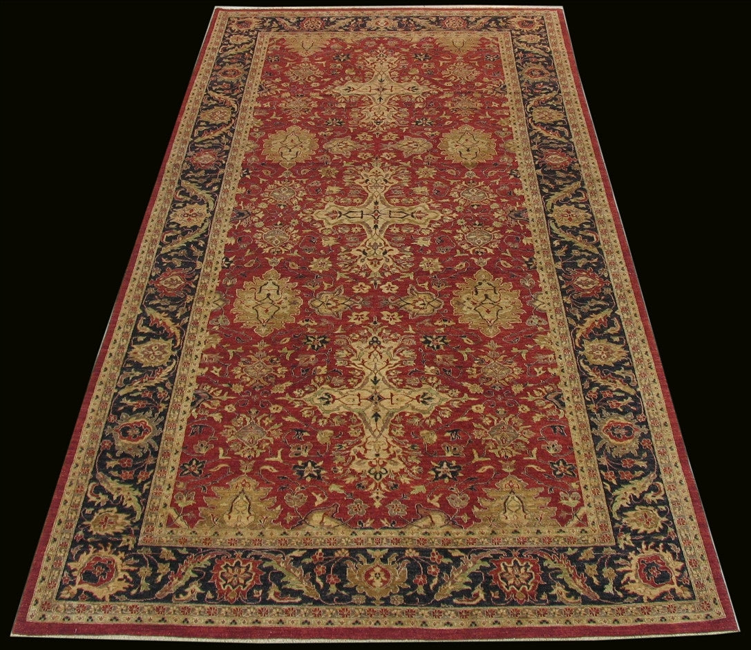 New Pakistan Hand-woven Antique Reproduction of a Persian Design Carpet