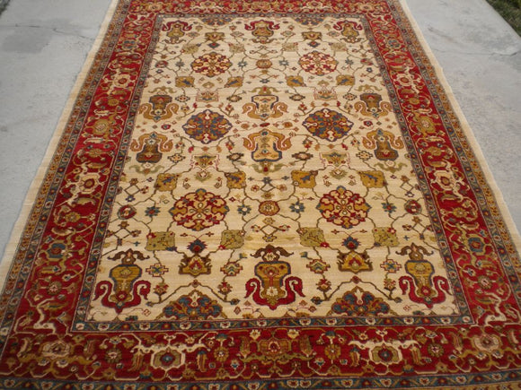 New Pakistan Hand-woven Antique Reproduction of Persian Ferahan Carpet