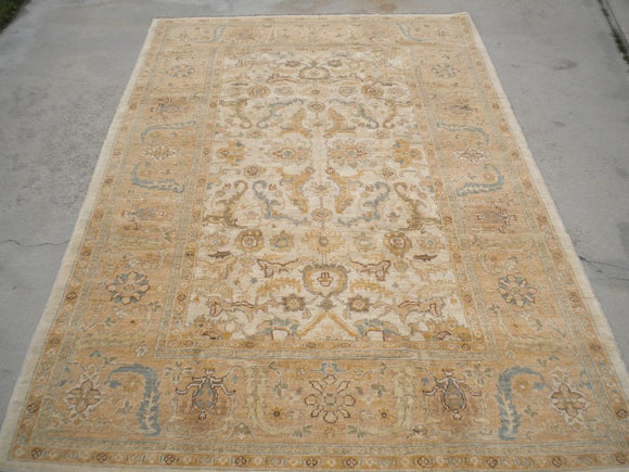 New Pakistan Hand-woven Antique Reproduction of a 19th century Turkish Oushak