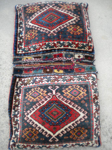 Antique Persian Ghashghai Saddle Bag Rug                        SOLD