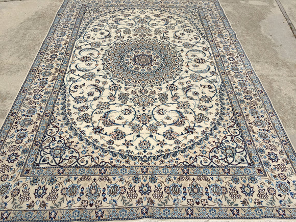Persian Hand-Knotted Nain    6'10
