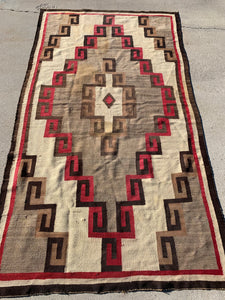"Antique Navajo Rug 8'8""x 4'10"""