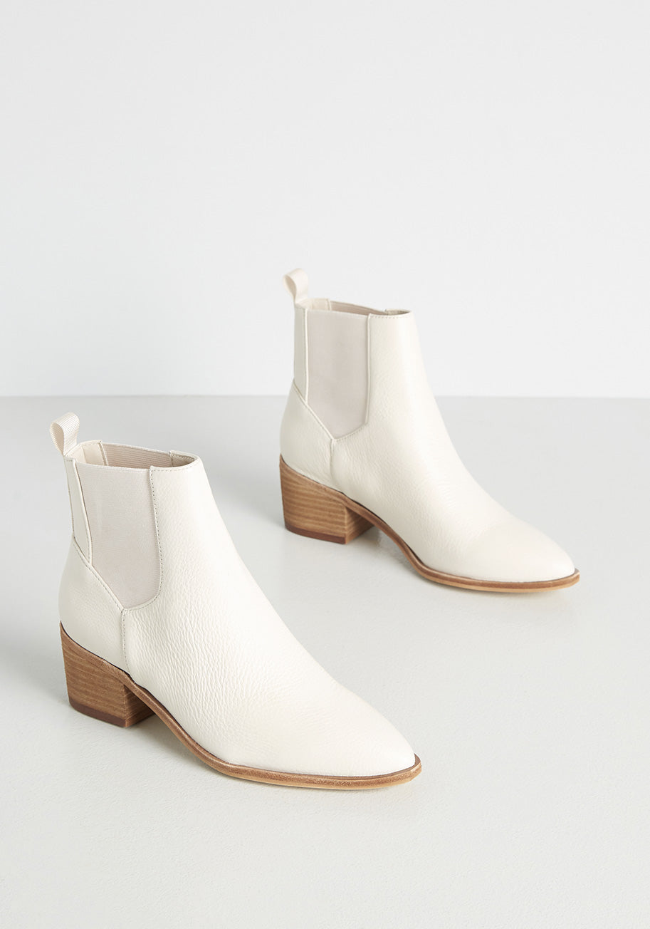 1960s Style Clothing & 60s Fashion ChineseLaundry Ardently Alabaster Chelsea Boots in Tan Size 10 $120.00 AT vintagedancer.com