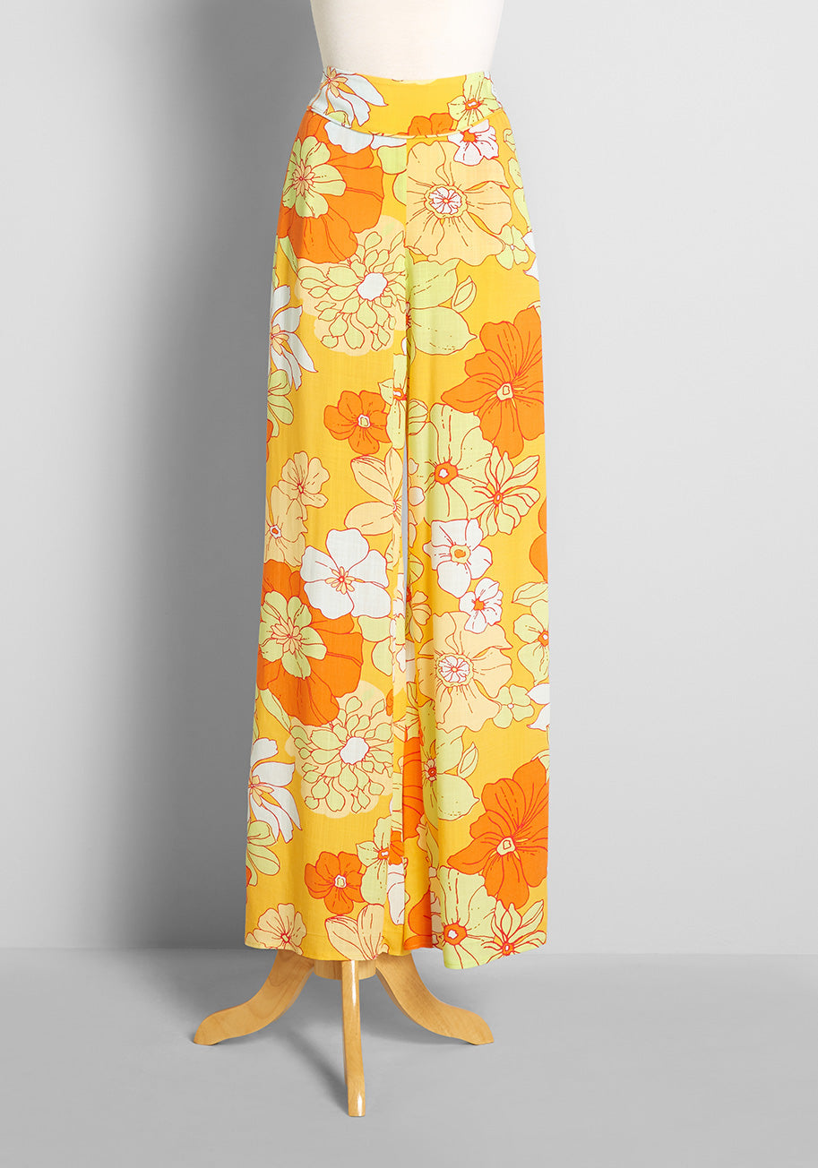 1960s Style Clothing & 60s Fashion ModCloth Free to Wander Wide-Leg Pants in Honolulu Floral Top in YellowHonolulu Floral Size 4X $69.00 AT vintagedancer.com