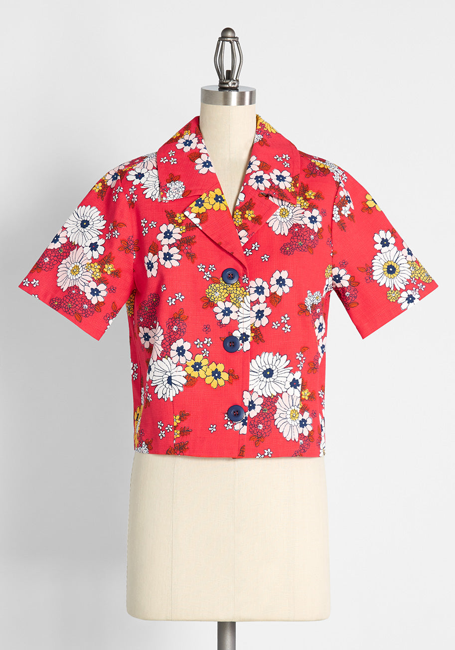 Women's 70s Shirts, Blouses, Hippie Tops ModCloth Time to Top It Off Short Sleeve Shirt Jacket in Trudy Vintage Floral Candy Red Size 4X $59.00 AT vintagedancer.com