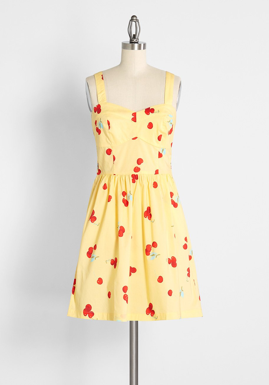 80s Dresses   Casual to Party Dresses ModCloth Peace of Mind in the Sunshine Fit and Flare Sundress in Cherry Poppin Butter Size 4X $64.99 AT vintagedancer.com