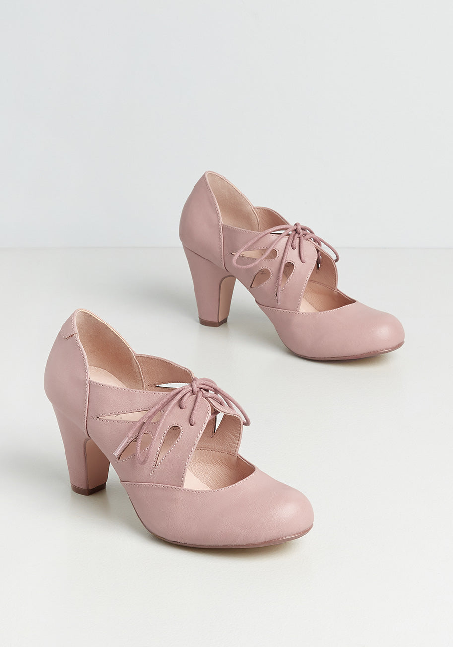 1950s Style Clothing & Fashion Chelsea Crew Lets Make Plans Oxford Heels in Mauve Size 42 $72.00 AT vintagedancer.com