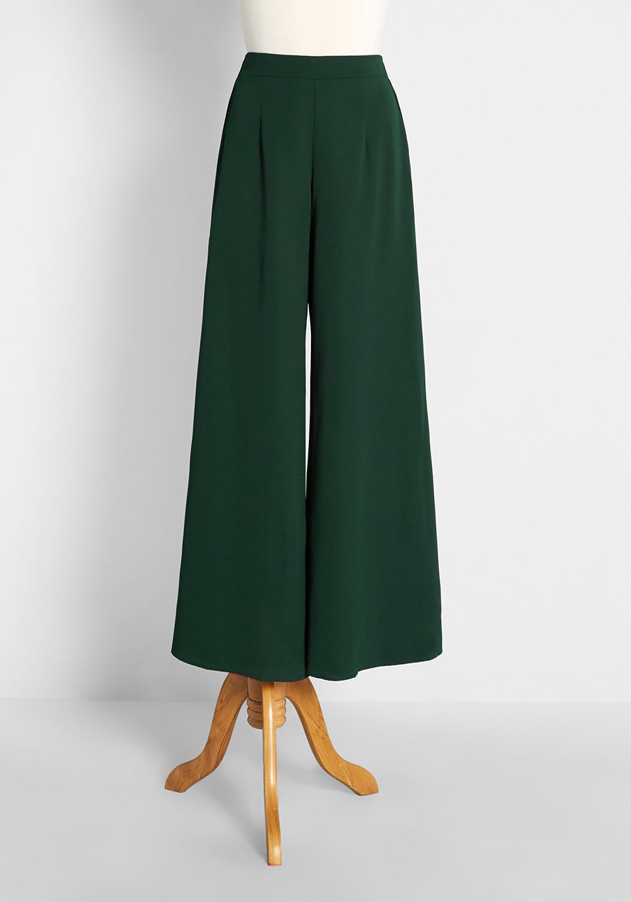 1930s Wide Leg Pants and Beach Pajamas Molly Bracken Just Gliding By Wide-Leg Pants in Dark Green Size XL $69.00 AT vintagedancer.com