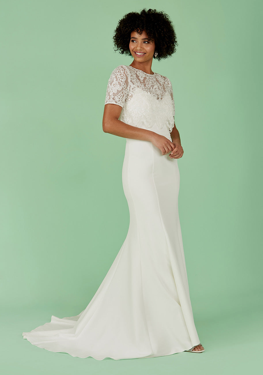 1930s Wedding History Chi Chi London With Lasting Joy Maxi Dress in White Size 26 $359.00 AT vintagedancer.com