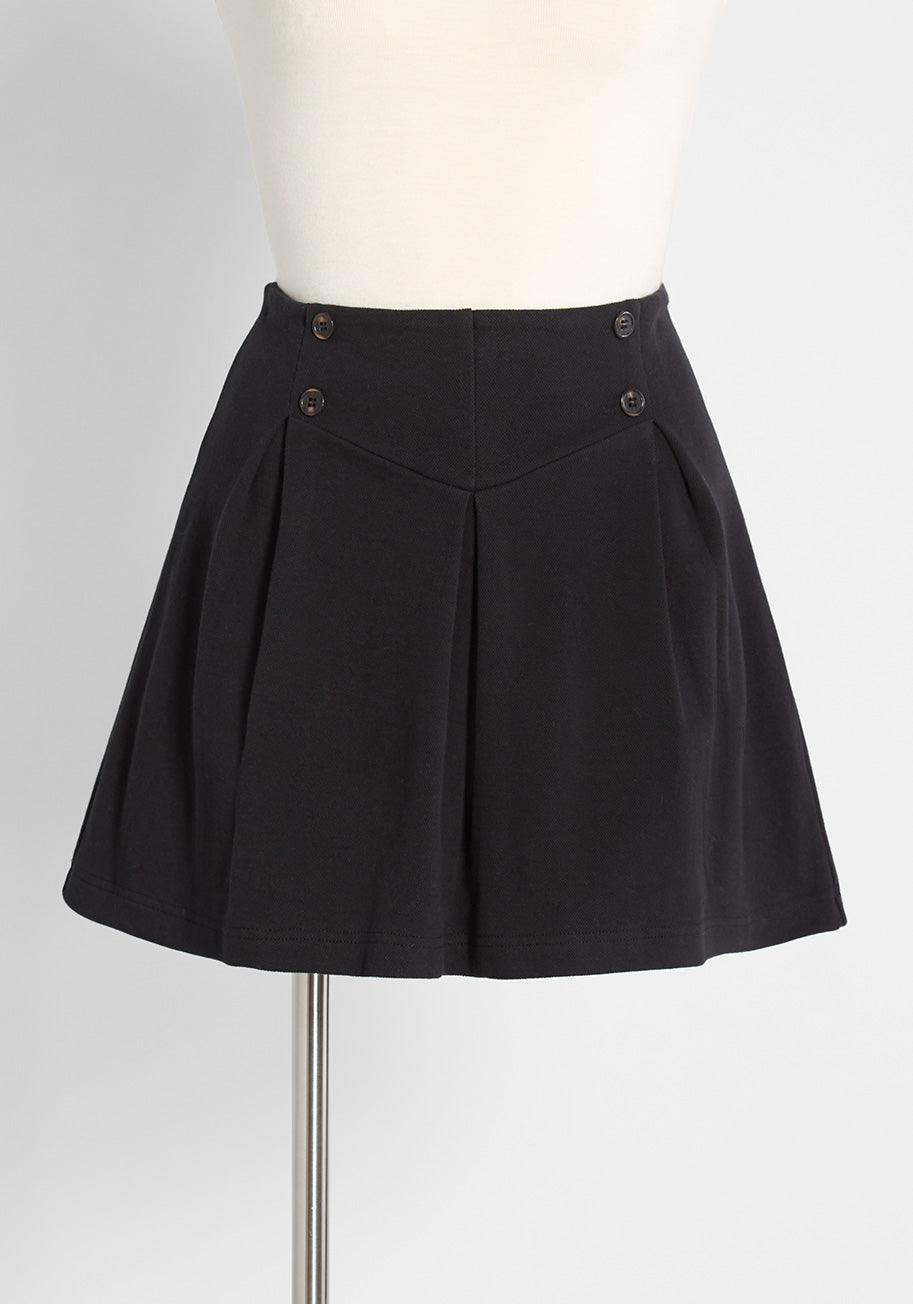1930s Wide Leg Pants and Beach Pajamas ModCloth Keeping Score Pleated Skort in Black Size 4X $59.00 AT vintagedancer.com