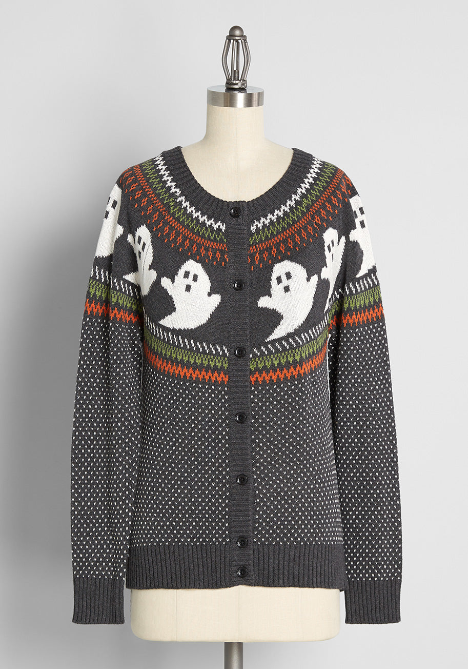 Vintage Sweaters & Cardigans: 1940s, 1950s, 1960s ModCloth Youve Been Ghosted Fair Isle Cardigan in Charcoal Heather Grey Size 4X $69.00 AT vintagedancer.com