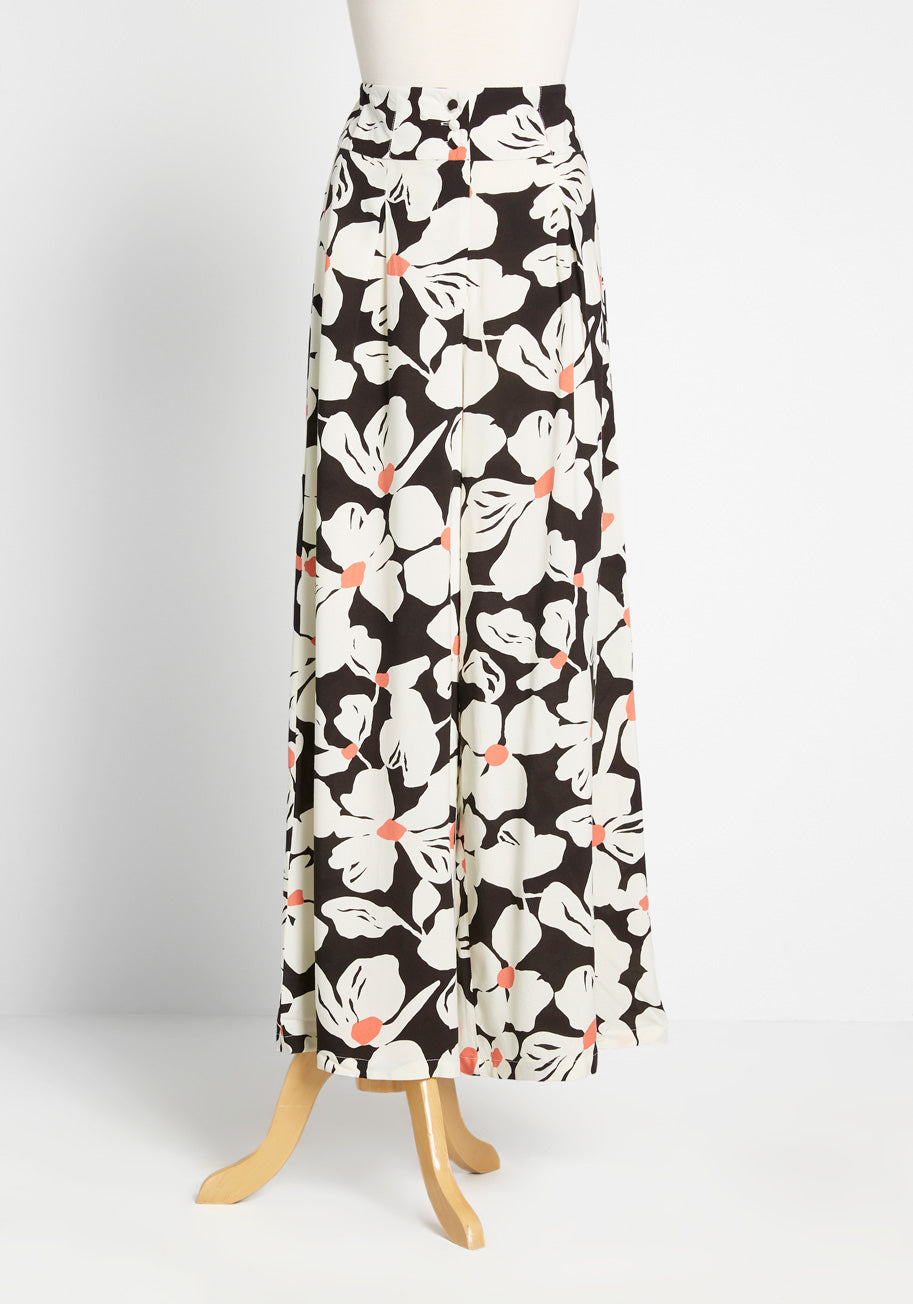 1930s Wide Leg Pants and Beach Pajamas ModCloth Wants and Breeze Wide-Leg Pants in BlackWhite Size 12 $19.97 AT vintagedancer.com