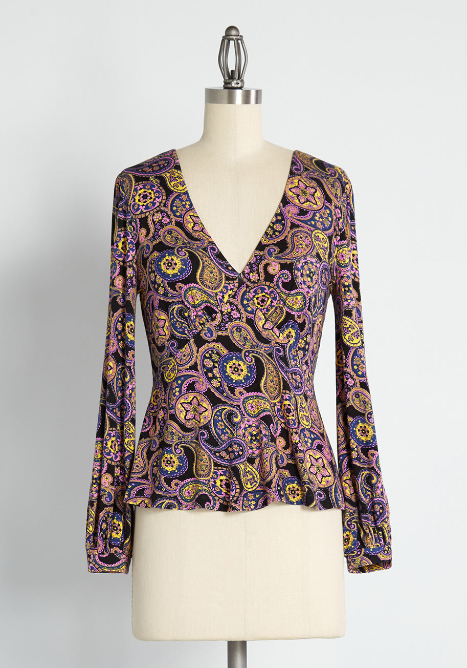 70s Clothes | Hippie Clothes & Outfits ModCloth Country Royalty Peplum Top in Black Size 4X $34.99 AT vintagedancer.com