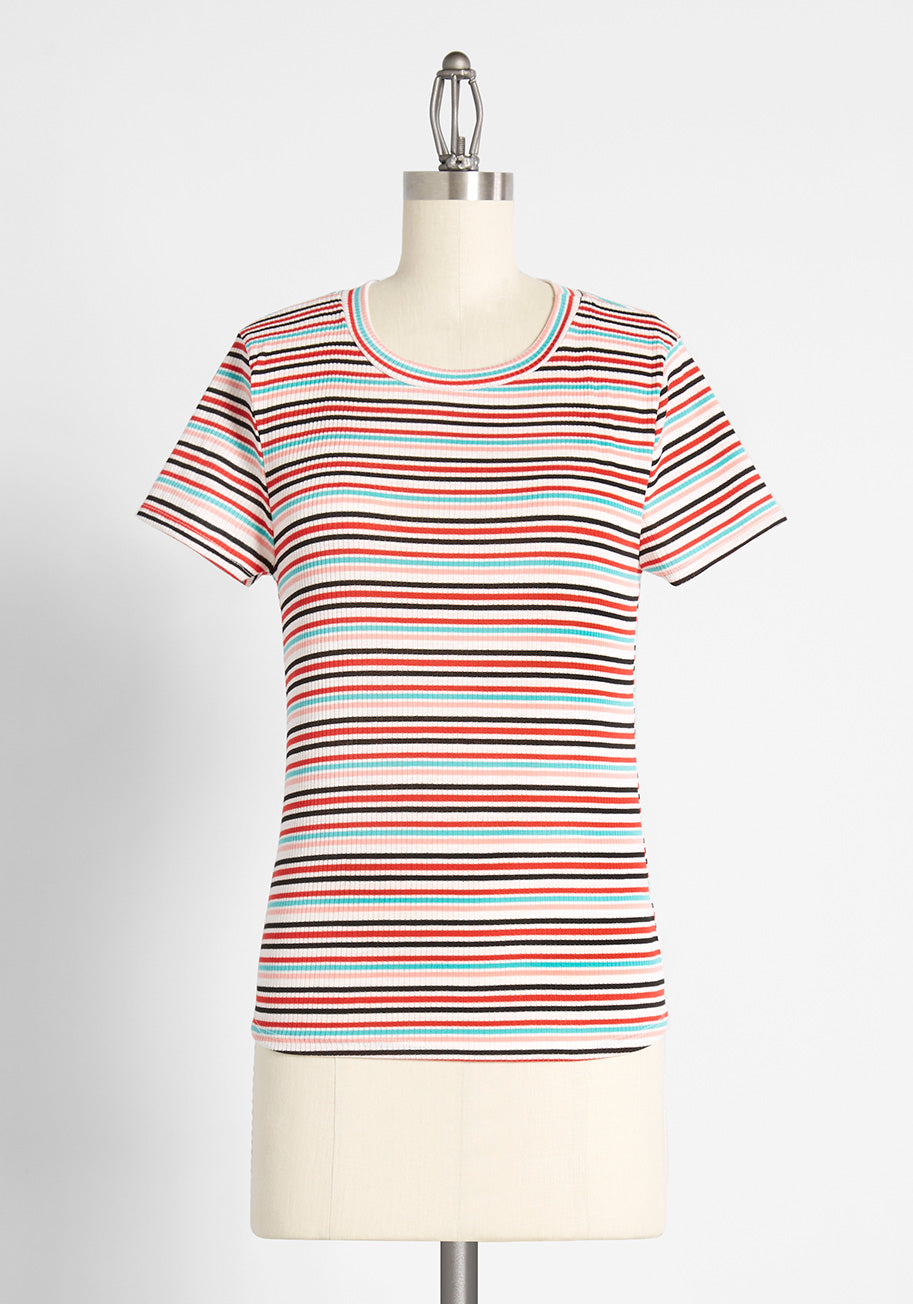 70s Outfits – 70s Style Ideas for Women ModCloth Top Of The Line Striped T-Shirt in Red Size XL $9.97 AT vintagedancer.com